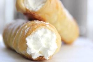 Creampuff Rolls